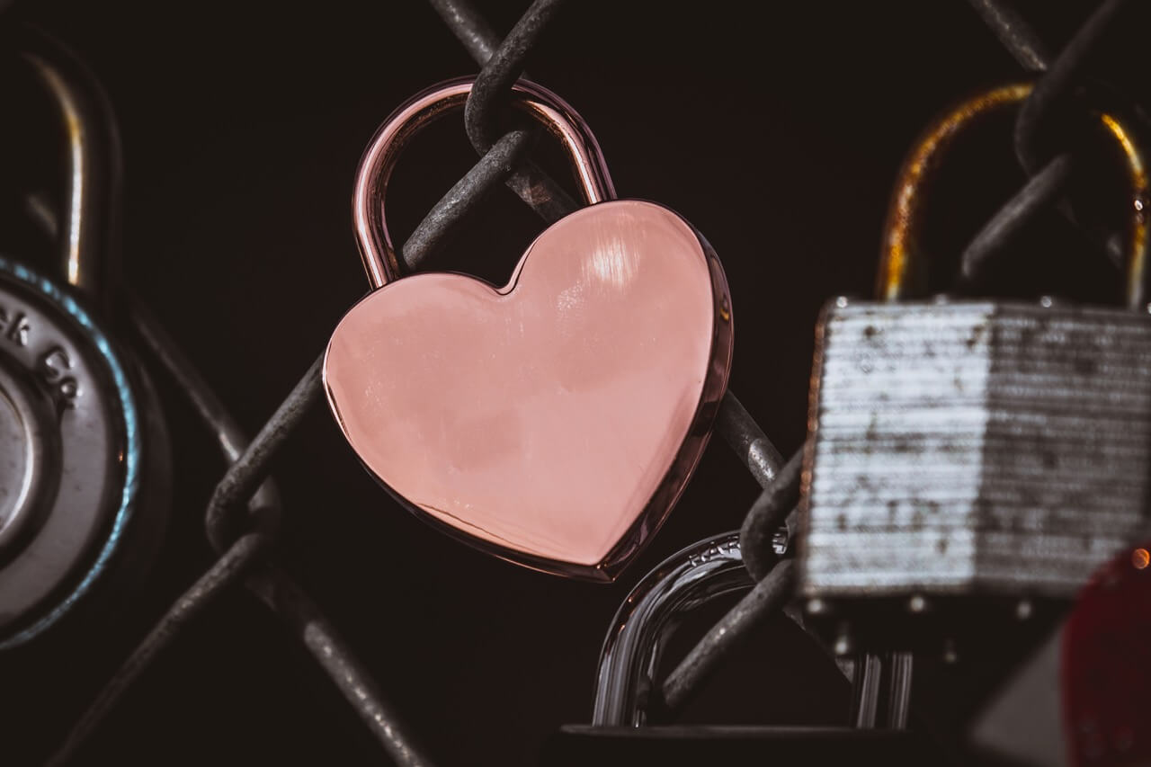 Love lock unsplash